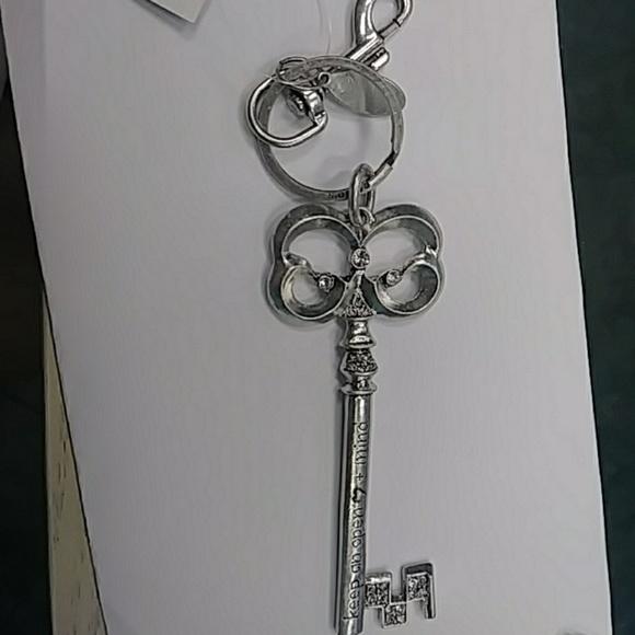 Chico s Accessories  eeb394209